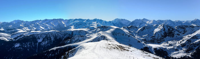 Panoramas depuis le Mont Né