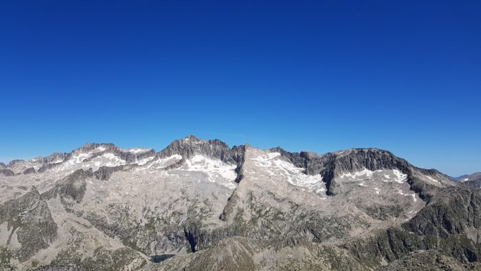 Panoramas depuis le Vallibierna